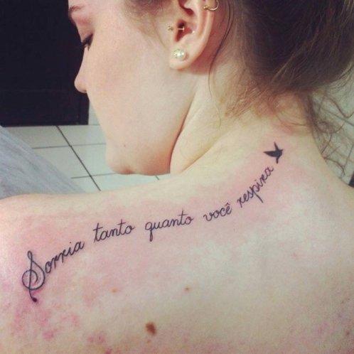 m_tatuagens-feminina-frase