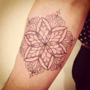 tatuagens-delicadas-no-braço (6)